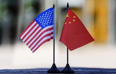 Подвійної гри з Китаєм і США – не вийде, – Фесенко