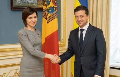 Важный шаг, – Зеленский поздравил Санду с победой на парламентских выборах