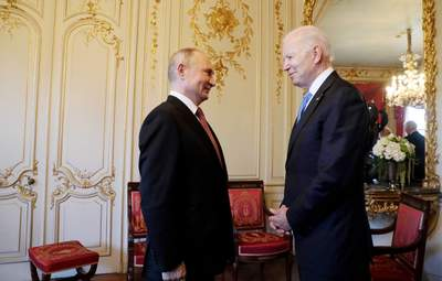 Путин навязал Байдену идею безальтернативности Минских соглашений, – Пионтковский