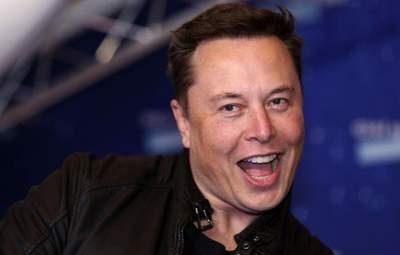 Я скорее ненавижу управлять Tesla, – Илон Маск о своей должности в компании