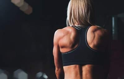 Навіщо дівчатам потрібні силові тренування