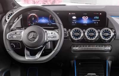 Mercedes включает форсаж в электрической гонке с Tesla