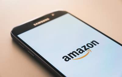 Amazon удалил 200 миллионов фейковых обзоров товаров