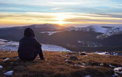 В сети показали невероятный рассвет на Черногоре: фото, которое зарядит энергией на весь день