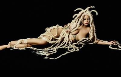 Ріанна позувала в об'єктиві Рафаеля Паваротті в образі медузи для глянцю Dazed: епатажні фото