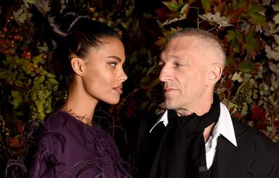 Самая красивая пара Парижа: Тина Кунаки и Венсан Кассель очаровали совместным выходом
