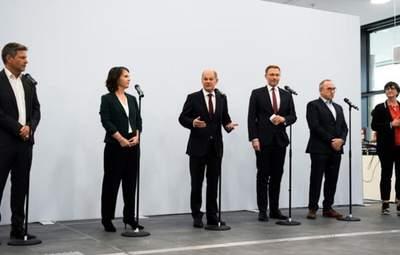 Оппоненты партии Меркель хотят начинать переговоры о формировании коалиции