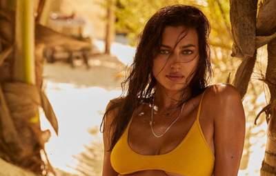 Супермодель Ирина Шейк снялась топлес: горячие фото взбудоражили сеть