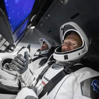 Crew Dragon успешно стыковался с МКС: онлайн-трансляция