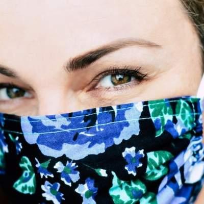 Як носити захисну маску так, щоб не боліли вуха: оригінальні зачіски