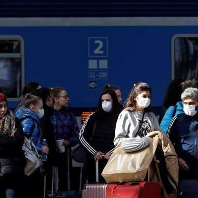 Передача COVID-19 в поїзді: якими повинні бути відстань між сидіннями та час поїздки