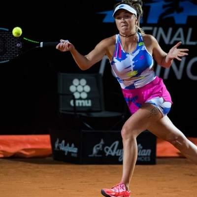 Свитолина одержала волевую победу над россиянкой и вышла в 1/4 финала турнира в Риме