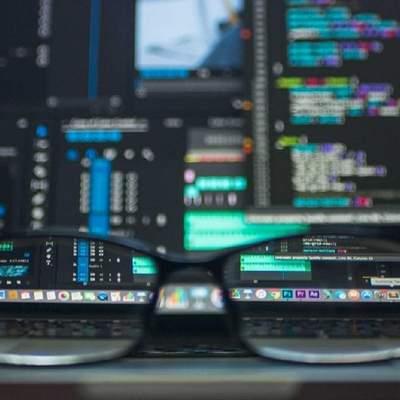 Масова хакерська атака: зловмисники зламали регіональні сайти поліції та публікують фейки