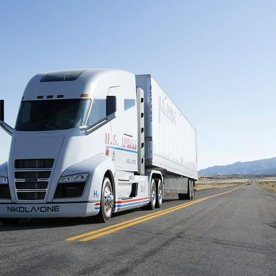 Tesla обвиняет конкурента Nikola в краже дизайна грузовика
