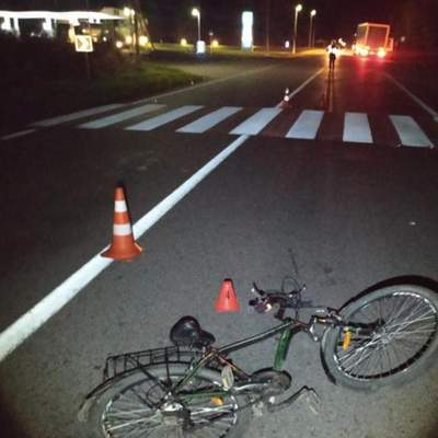 На Львівщині на пішохідному переході збили велосипедиста: чоловік загинув – фото