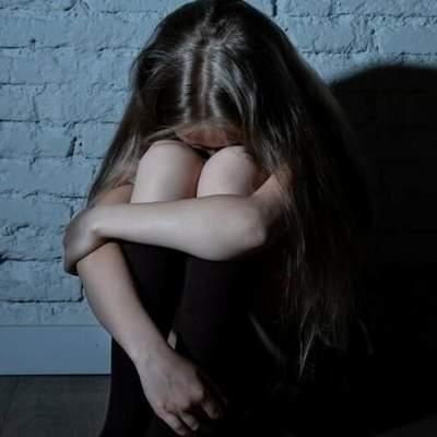 Ґвалтував власну доньку: на Львівщині засудили горе-батька – деталі