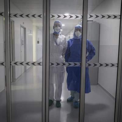 Государство поможет не всем: сколько получают медики, переболевшие COVID-19