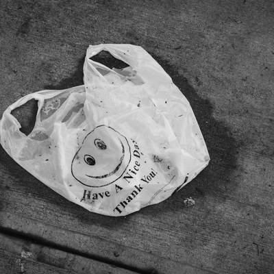 Пакет з пакетами більше не потрібний: де у Києві можна здати поліетиленове сміття