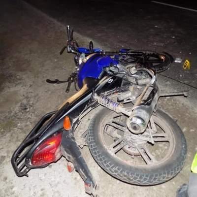 На Львовщине не смогли разминуться мотоцикл и телега: мотоциклист в реанимации – фото