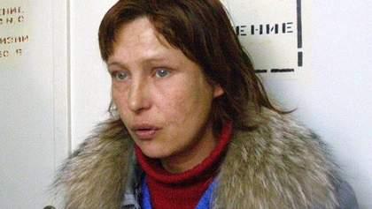 Нетвереза мати Оксани Макар побилася у барі, – правозахисниця