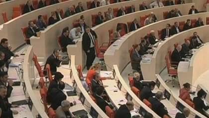 Депутаты Грузии впервые в истории преодолели вето президента