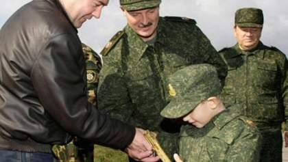 Син Лукашенка мріє стати військовим