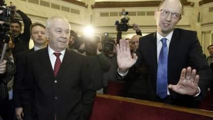 """Яценюк опроверг информацию, что нардепы покинули """"Батькивщину"""""""