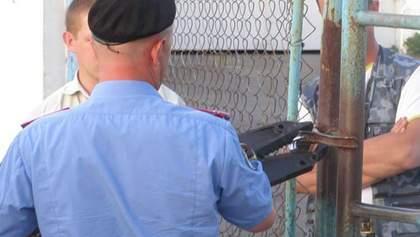 На Миколаївщині міліція увірвалася на підприємство опозиціонера (Фото)