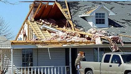 9 человек пострадали из-за торнадо в центральных районах США