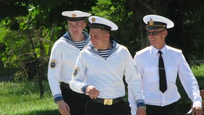 Украинские моряки готовы вернуться из Камеруна без зарплаты