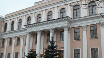 Студенти блокують будівлю Міністерства освіти