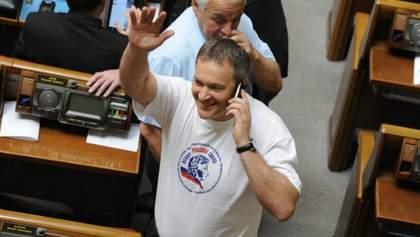 Турчинов готов лишить гражданства Украины Колесниченко