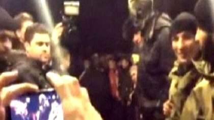 Черная ночь Царева. Его блокировали, проводили через коридор позора и наконец доставили в ГПУ
