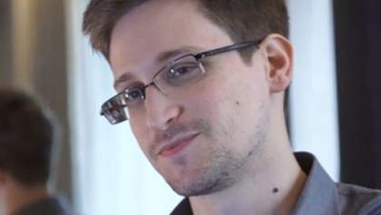 Сноуден рассказал, что был профессиональным разведчиком