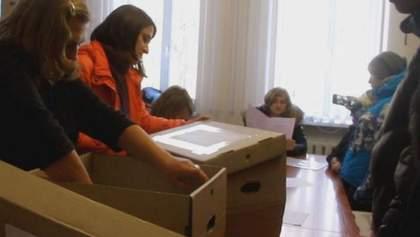 В Луганской области побеждает регионал, который голосовал за законы 16 января