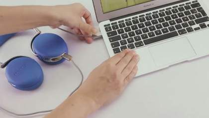 Google выпустил новый планшет, компания Parrot представила беспроводные наушники