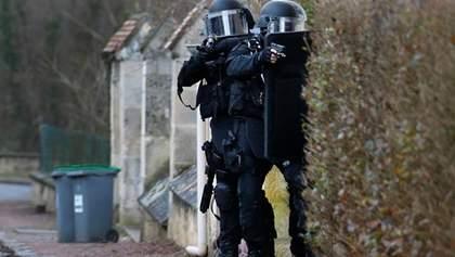 Мінімум дві людини вбиті терористом поблизу Венсанськіх воріт