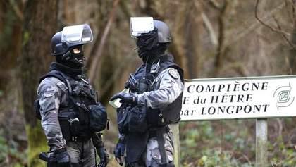 Терорист, який взяв заручників у Парижі, вимагає свободи для братів Куаші