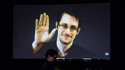 Сноуден збирається покинути Росію