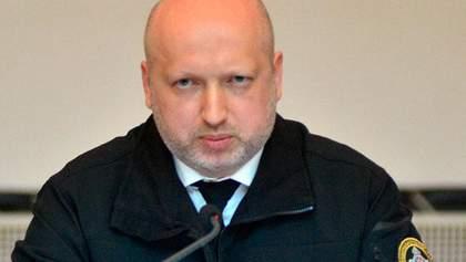 Турчинов не против судов над коррупционерами на стадионе