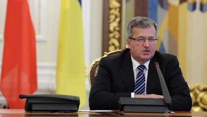 Коморовський каже, що Україна має клопотати про безвізовий режим