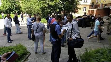 """""""Титушек"""" в Чернигове задерживают. Некоторые бегут из города сами"""