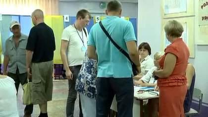 Как голосовали на скандальном округе в Чернигове