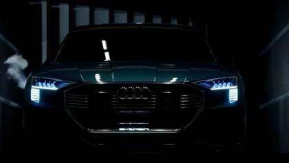 """Audi розробляє конкурента """"Теслі"""", Microsoft показала нову клавіатуру"""