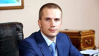 Сын Януковича почувствовал удар по карману и подал на Украину в суд