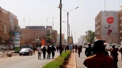 Теракт у Буркіна-Фасо: усі подробиці кривавої трагедії
