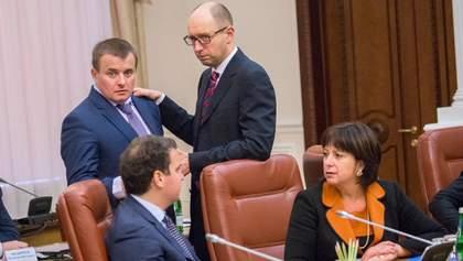 Яценюк прокомментировал, почему от него убегают министры