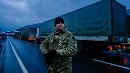 Люди скандального Ланьо спробували зірвати блокаду російських фур на Закарпатті