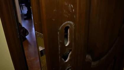 Неизвестные напали на жену и ребенка бойца АТО в Киеве