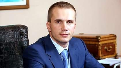 Печерский суд арестовал счета компании сына Януковича